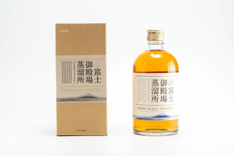 富士御殿場蒸留所ピュアモルトウイスキー 箱とボトル